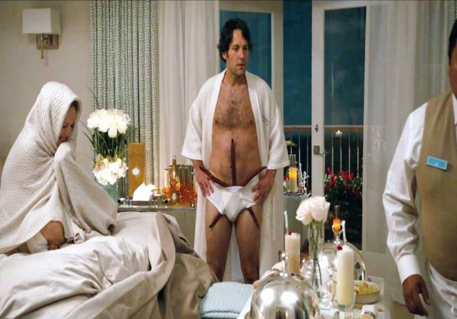 paul-rudd-in-this-is-40-movie-9