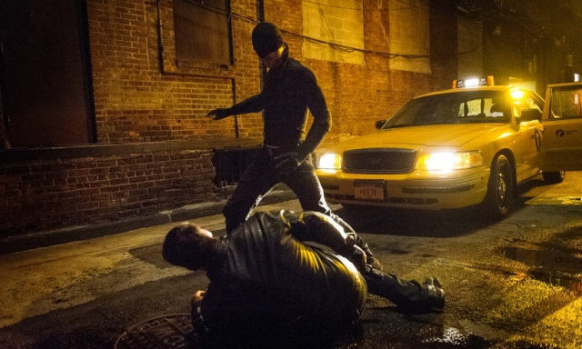 daredevil-showrunner-goes-into-detail-about-brutality-kingpin-and-more