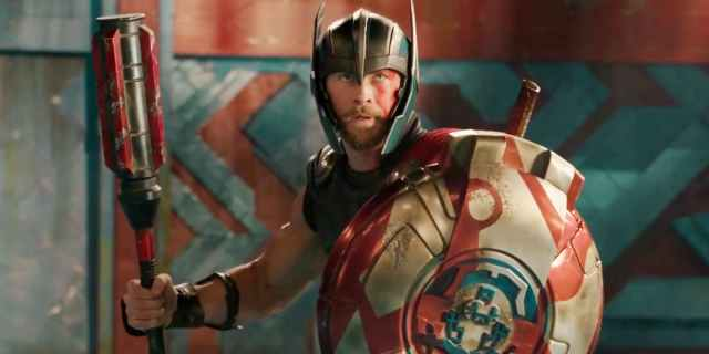 Thor-Ragnarok-Trailer-Gladiator-Weapons