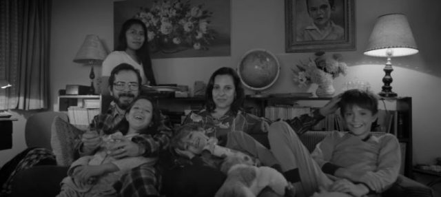 roma-family-watchingtv-700x313